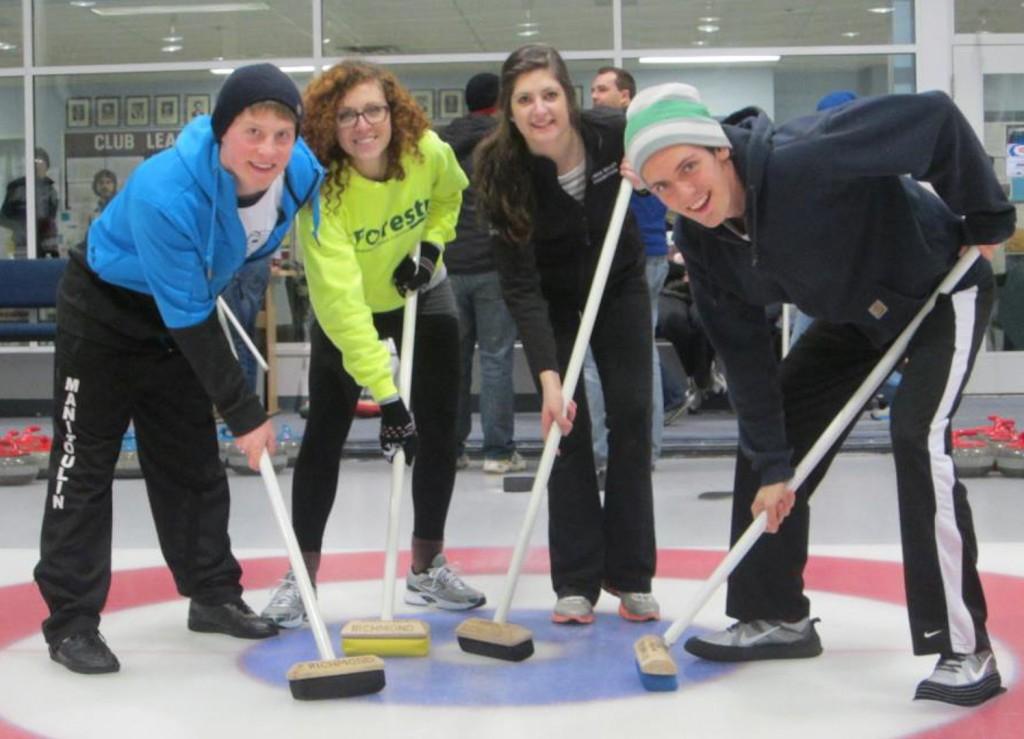 Sports-Curling